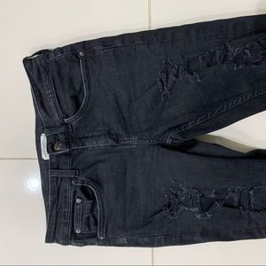 Zara Black Fully Ripped Cropped Jeans - Size 6